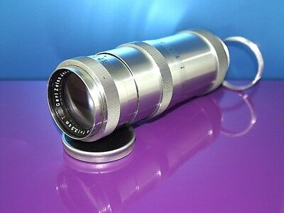 Carl Zeiss Jena Triotar  Red T  lens 135 mm  1 : 4  Mount: M39 + adapter M42