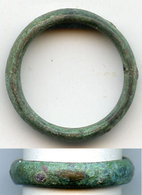 Ancient bronze Celtic finger ring (size ~ 6 3/4), 800-500 BC, Danube Area-#1