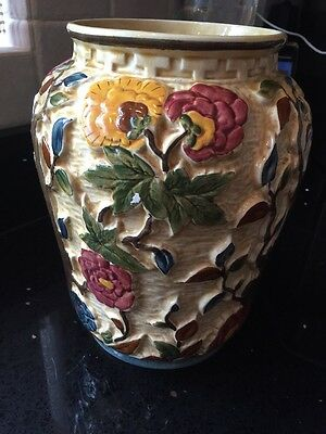 "Vintage H. J. Wood Staffordshire Indian Tree Handpainted 7.5"" Vase"