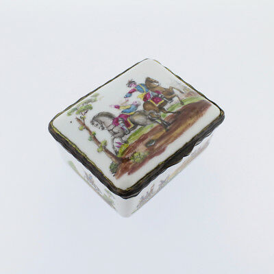 Antique French or German Porcelain Snuff Box w Hand Painted Military Scenes - VR