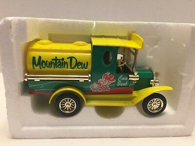 Golden Wheel Die Cast MOUNTAIN DEW Coin Truck NEW