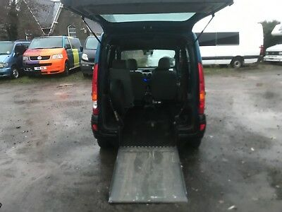 Renault Kangoo Automatic WHEELCHAIR ACCESSIBLE mobility disabled ramp wav