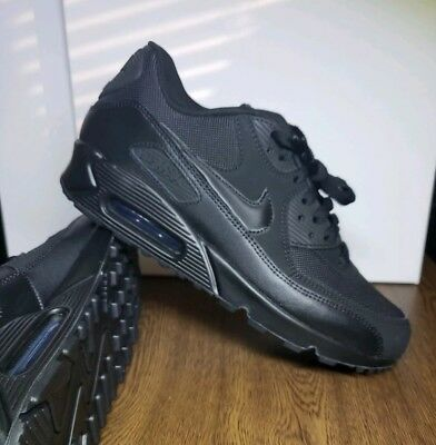 sports shoes 8e39e 57414 NIKE AIR MAX 90 Essential Men's Size 9 Triple Black Running Shoes 537384  090 NWB