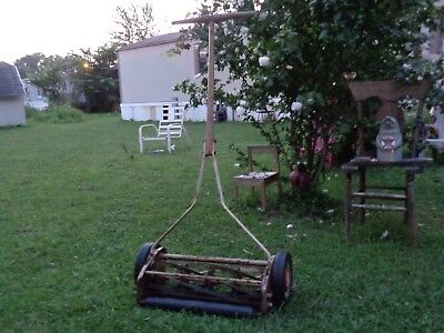 "***Vintage ""Scotts"" Push Reel Lawn Mower (No Need to Use Gas Ever, Rare Antique)"