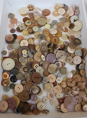 Original Vintage Large Amount Of Beige, Yellow & Red Buttons In Separate Bags.