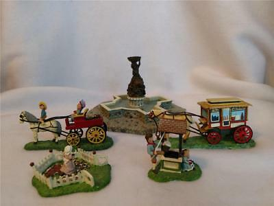 Lot Department 56 Seasons Bay Fountain, Horse & Buggy People, Wishing Well