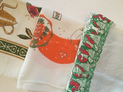 Lot Of 3 Vintage Printed Tablecloths - Novelty