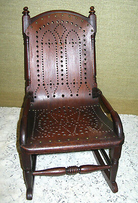 Antique  Victorian  Pierced  Plywood  Veneer  Bentwood  Child's  Rocking  Chair