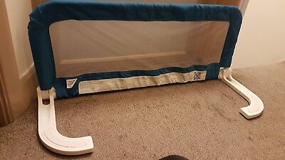 Safety 1st extendable portable travel bed guard