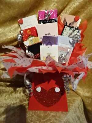 VALENTINES Day Perfume Vials Flower Bouquet Samples Ribbon Hearts Red Gift Set