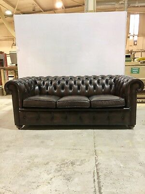 A Very Good Vintage Leather Chesterfield Sofa In Rich Chocolate Browns