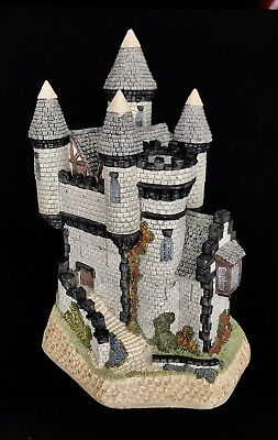David Winter ~ MACBETH'S CASTLE ~ LARGE ~ MIB COA ~ ISSUED 1988 ~ MINT CONDITION