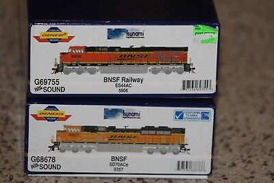 ATHEARN GENESIS BNSF ES44AC and SD70Ace DCC and Sound