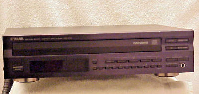 YAMAHA CDC-675 === High End 5 Disc Carousel CD Changer w/Digital Out & Remote *