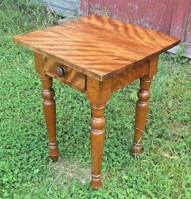 ANTIQUE EARLY 19th CENTURY MAINE SHERATON FLAME BIRCH ONE DRAWER STAND
