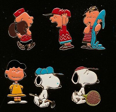 Nice collection of 6 Peanuts pins - made by Bertoni Milan