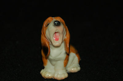 "Basset Hound Puppy Dog Figurine-- Poly Resin-- 2 1/4""L x 1 1/2""W x 3""H"