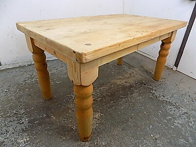 vintage,pine,dining table,large legs,kitchen,dining,table,country,farmhouse,