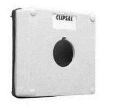 Clipsal INDUSTRIAL MOUNTING ENCLOSURE LID 28mm High, 1-Gang, 1x30mm Hole, Grey