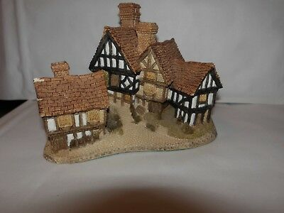 David Winter Stratford House 1981 Cottage Hand Made and Painted Great Britain