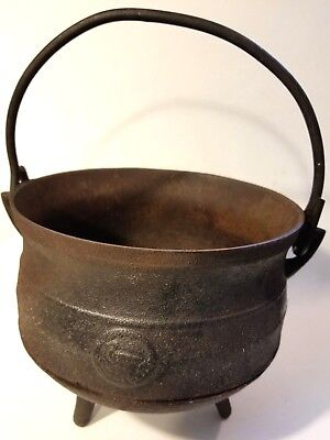 VTG Cast Iron Cauldron Pot Marked England Duck 1 Gallon 3 Footed/Leg Kettle Pan
