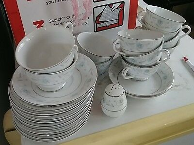 Fine China of Japan ENGLISH GARDEN 1221 Replacement Pieces LOT OF 26
