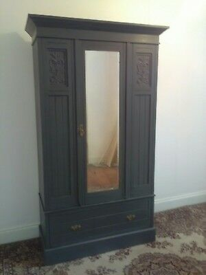 Lovely  Oak Painted Vintage Shabby Chic Wardrobe good condition for age