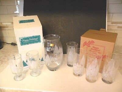 Avon 1995-98 President's Club Holiday Gifts Vase, Glasses Christmas Scene Sleigh