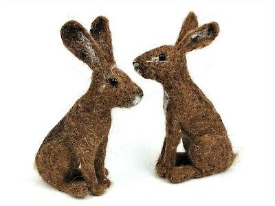 Needle Felting Kit by The Makerss - Hare - makes 2 hares