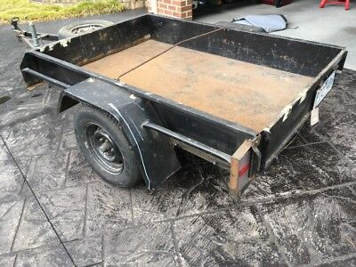Trailer 6x4 with canopy & rego