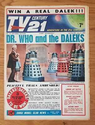 TV CENTURY 21 UNIVERSE ISSUE 28 VG/FN Peter Cushing & Daleks Front cover