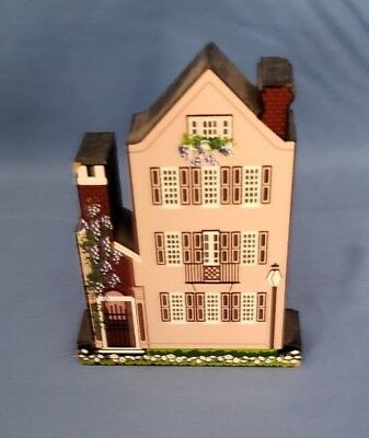 Sheila's Wooden Miniature House-#MSC002 1999 25 Meetings 3 Sisters, SC
