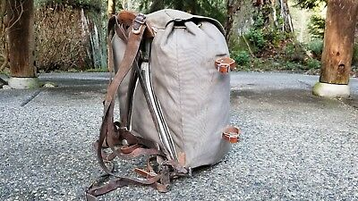 Swedish Military Army WWII M39 Canvas & Leather Metal Frame Rucksack Backpack.