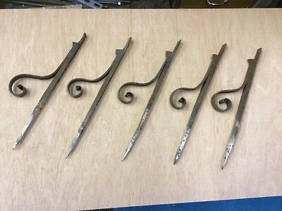 Old Iron Scrolled Brackets x5