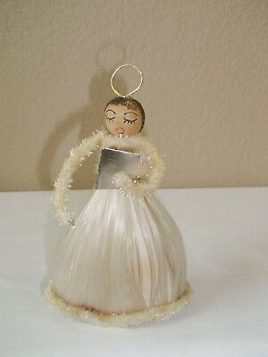 "Vintage spun glass pipe cleaner choir angel 6"" tall"