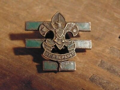 Boy Scouts pin 1940s era Junior Assistant 3 green bar Scoutmaster