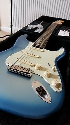 Fender USA American Elite Stratocaster 2017 (Unplayed Condition Absolutely Mint)
