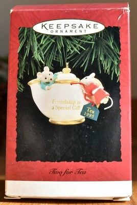 Rare New Hallmark 1995 Two For Tea Mice In A Teapot Christmas Ornament Very Cute