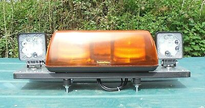 "25"" (63Cm) Vision Alert Blaze Strobe Beacon Lightbar With Twin Worklights (B301)"
