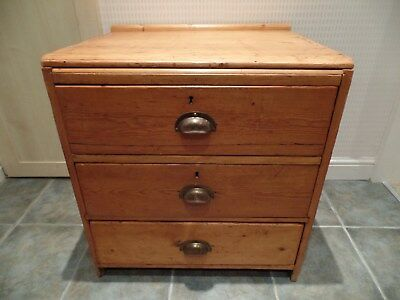 Antique Pine Chest Of Drawers One With Compartments (Le65)