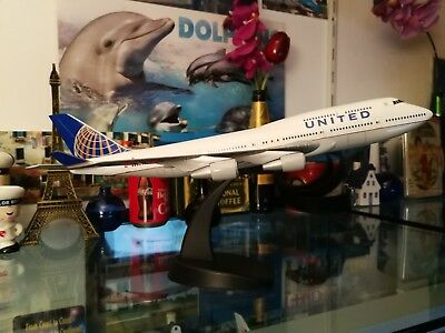 United 747-400 Pamin  - 1:200 for sale