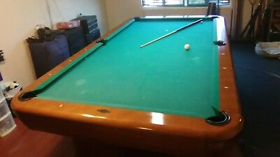Brunswick Used Pool Tables >> 9 Ft Brunswick Gibson Pool Table Used With Some Scratches And Dings On Surface