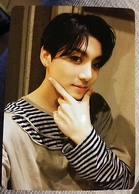 Bts Jungkook Official Photocard Of Light Stick Army Bomb Ver.3
