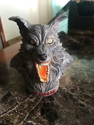 Fright Crate The Howling Bust