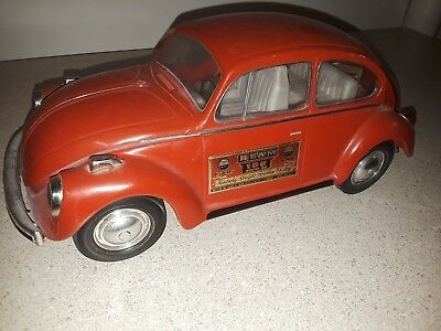 VOLKSWAGEN VW Beetle BUG IN RED 1973 JIM BEAM REGAL CHINA DECANTER BOTTLE