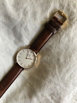 faaed58b5ff69 Daniel Wellington Classic St Andrews White Dial Leather Strap Lady Watch  0507DW