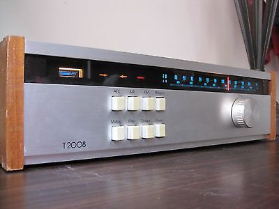 Tuner Stereo Fm/Am.