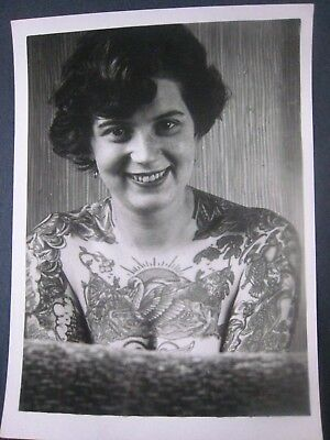 Vintage Photo..' Tattooed Lady '...Jennifer Brain of England ..7x5 in...T-1359