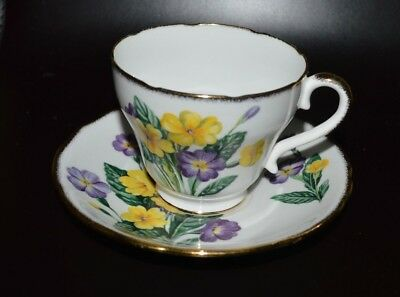 Salisbury Bone China England Tea Cup & Saucer White/floral/gold Trim 2405 New