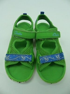 0bd0143a998f Boys Clarks Green Beach Sandals Doodles Adjustable Velcro Straps UK Infant  9F